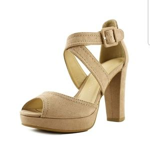 Chinese Laundry Z-abigail dark nude shoes